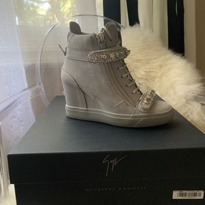 Giuseppe Zanotti for JLo Limited Edition sneaker